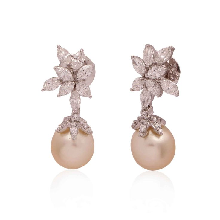 Waman Hari Pethe - available on Joolz. The perfect pair of earrings for a bride.