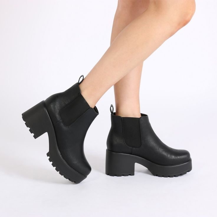 Aria Black Ankle Boots