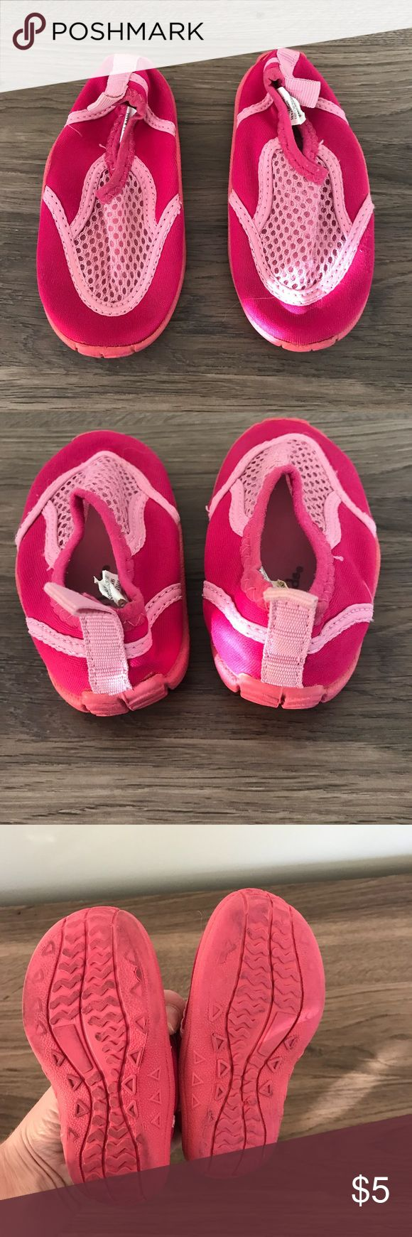 Toddler girls water shoes Pink water shoes for toddler. Pre-loved condition. Perfect for the beach!  Bundle to save, make me an offer!! Koala Kids Shoes Water Shoes