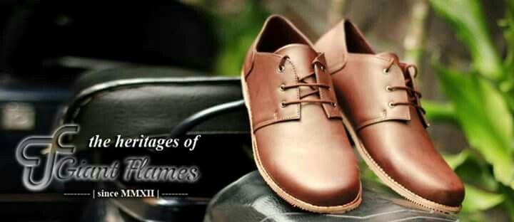 New Giant Carter Brown  Price : Rp 235.000,-   Delivery from Bandung, Indonesian  Size 39-45  Materials Lak Leather & Rubber Outsole  www.sepatutrabass.com  Pin BBM  : 5C699DC3  HP/WA    : 085752061333  #GiantFlames #cowok #guy #Bandung #indonesia #nusantara #kaskus #sepatu #sepatutrabass #jualanku #jualan #laki #vintage #man