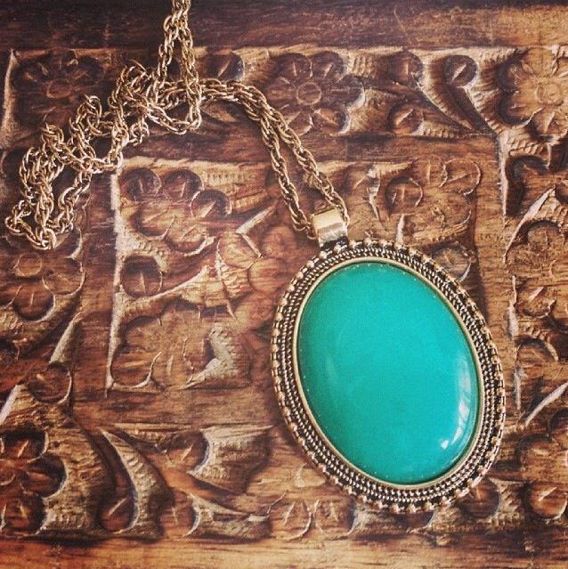 jade aaliyah necklace