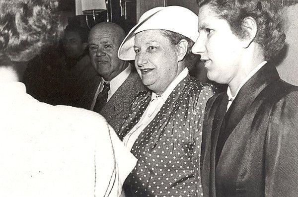 Thea von Harbou und ihre letzte Sekretärin, Elfriede Nagel!