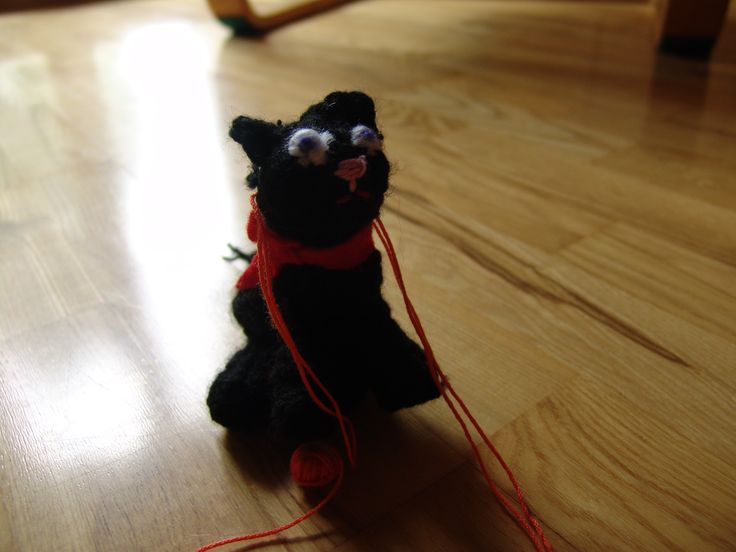 Cute and cosy ;) crocheted yarn kitten for little children or crazy couples