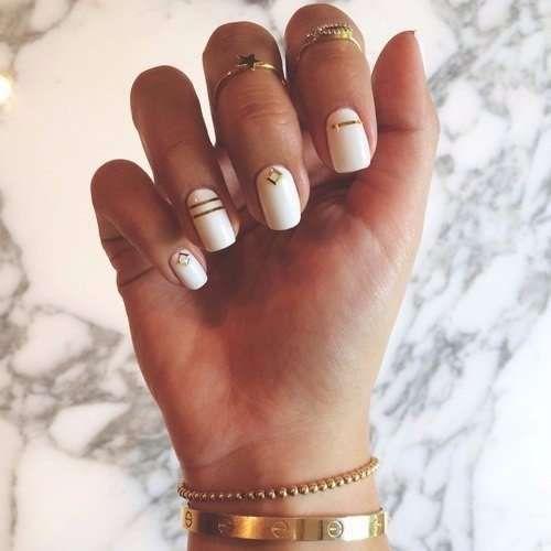 Unghie da sposa 2016 - Base smalto bianca con applicazioni oro