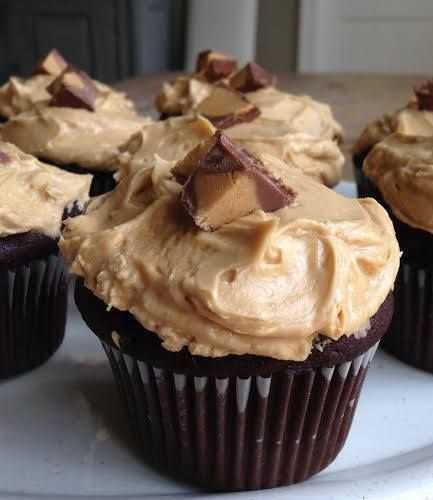 cupcakes my favorite combo was and still is chocolate cupcakes with peanut