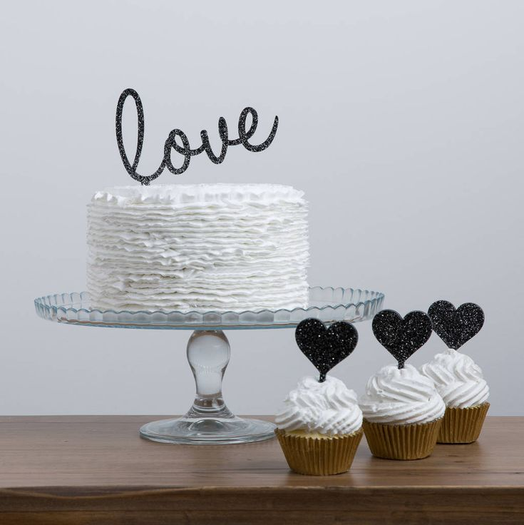 Are you interested in our love cake topper? With our acrylic party cake decoration you need look no further.