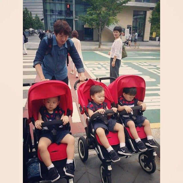 Super very cute triplet Daehan minguk manse ♡♡♡ their dad also cute