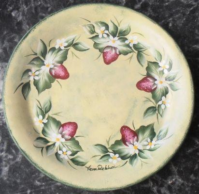 Κεραμικό πιάτο decorativepainting vera | myartshop κεραμικό διακοσμητικό πιάτο Φ25, ζωγραφισμένο στο χέρι με ακρυλικά χρώματα.