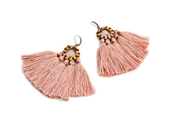 Tassel Earrings Old Rose Fringe Earrings Hippie door gudbling