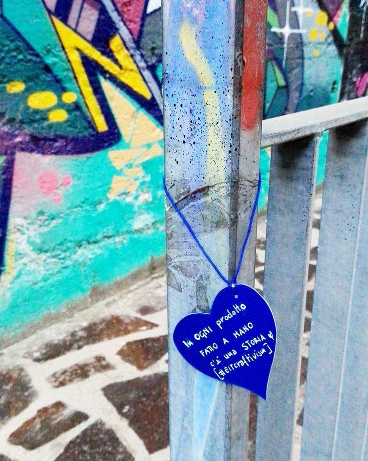 """""""Mi piace"""": 24, commenti: 3 - Roberta Parlapiano - jewelry - (@robertaparlapianojewelry) su Instagram: """"Di messaggi d'amour su cuore blu 💙 . Venerdì, prima che arrivasse la pioggia ho lasciato quì il mio…"""""""