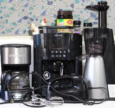 Use these tips to organize your kitchen and end appliance clutter.