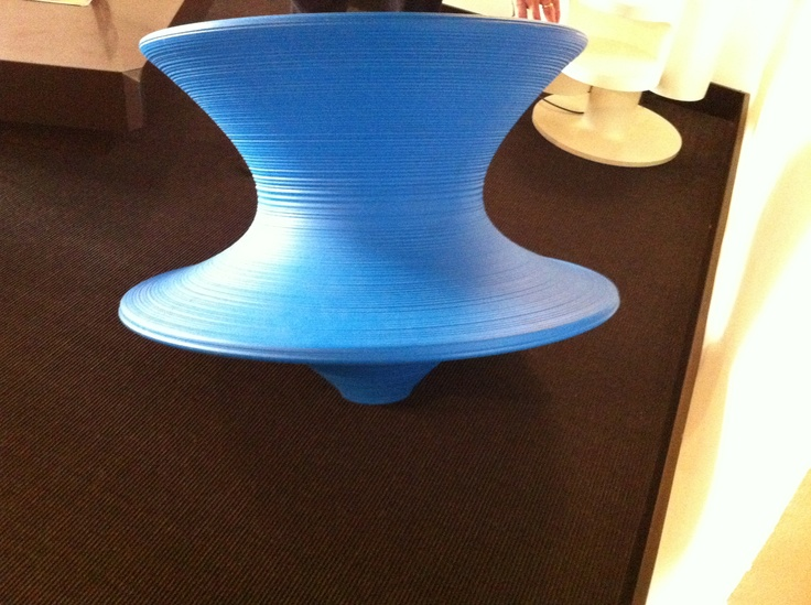 Spun Chair by Tomas Heatherwick  Italy 2010  Disponible en caobadelsur.com