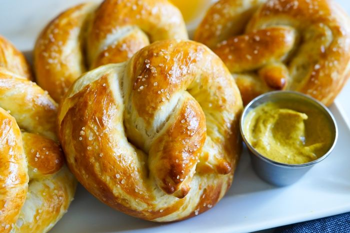 Homemade Soft Pretzels | baket350.net for The Pioneer Woman Food & Friends