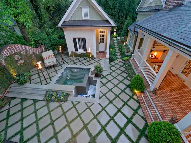 low maintenance side yardEmily Giffin, Dreams Backyards, Guest House, Back Yards, Bestselling Author, Atlanta Home, Back Porches, Patios Ideas, Hot Tubs