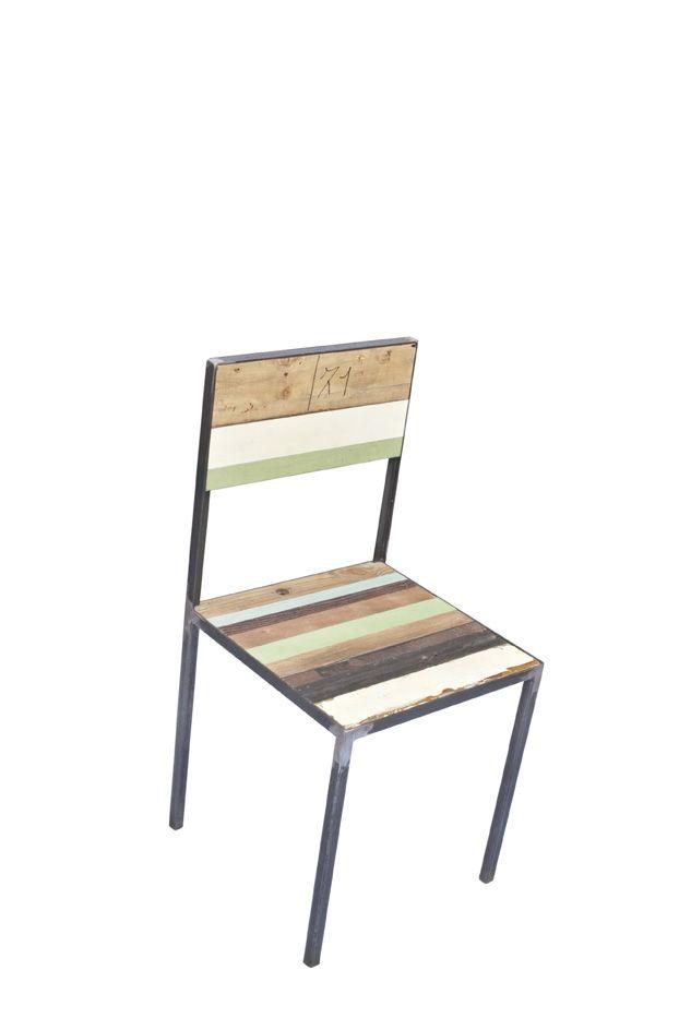 Sedie In Ferro E Legno.Sedia Con Struttura Di Ferro E Listelli Di Legno Di Recupero