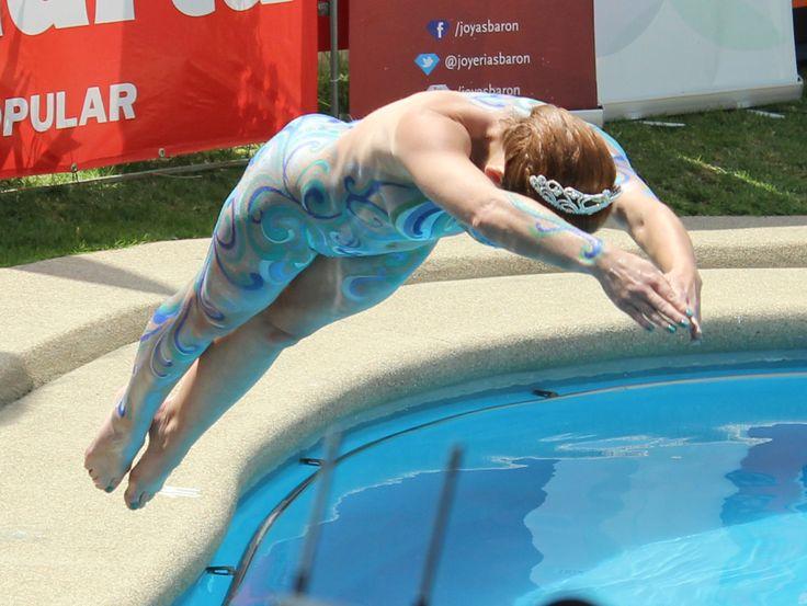 M s de 25 ideas incre bles sobre trajes para piscina en for Desnudas en la piscina