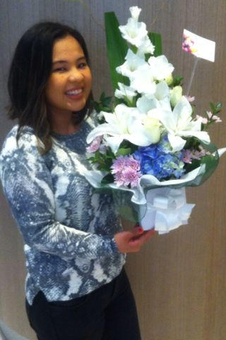 The beautiful Pamela Aldover came in to The Cosmetic Institute at Parramatta for her 4 month post-operative check-up on Saturday and gave the team these gorgeous flowers!  Thanks Pamela.