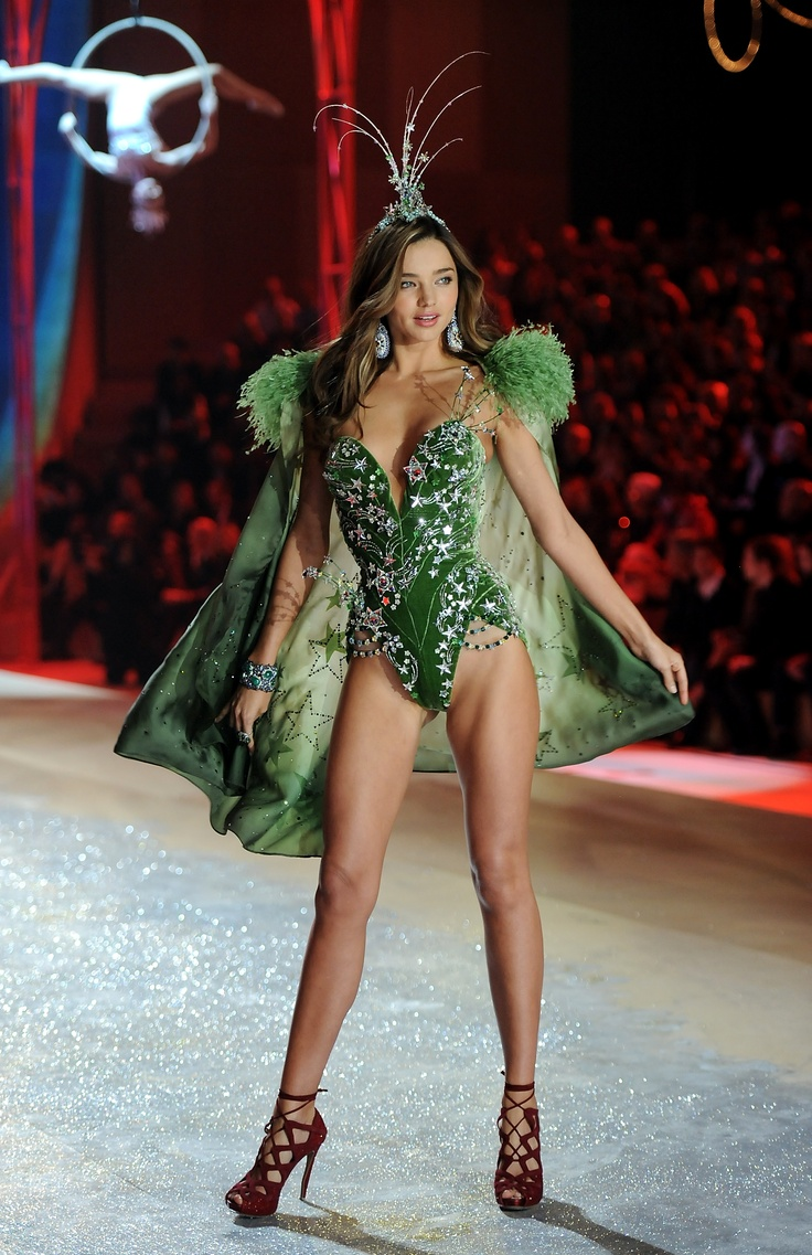 We're Green With Envy Over Miranda Kerr's Body