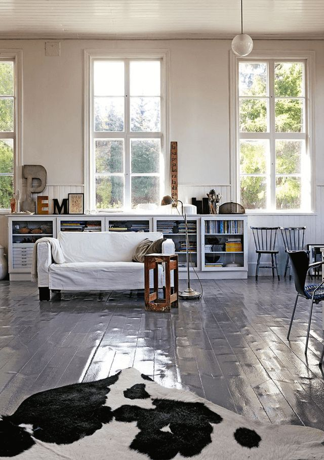 A Swedish artist's home in a former school house. Photo: Martin Löf.