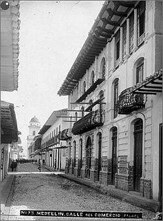 CALLE DEL COMERCIO 1910. — with Palacio Amador, Luego convertido en Hotel.