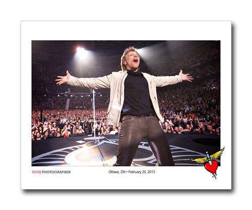 """20 февраля 2013 года, Оттава (Канада, Онтарио), арена """"Канадиен Тайер Центр"""" концерт группы Bon Jovi в рамках мирового турне 2013 года """"Because We Can"""". Фото Дэвида Бергмана"""