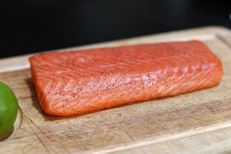 Easy way to cook salmon: Cover with olive oil, salt & pepper. Put in a *cold oven* and set the temp to 400. Leave it for 25 minutes and out pops a perfect fillet!