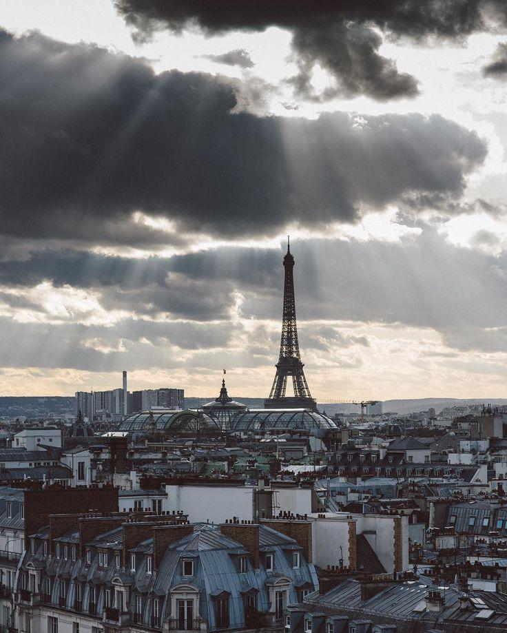 «#Paris ville lumière»