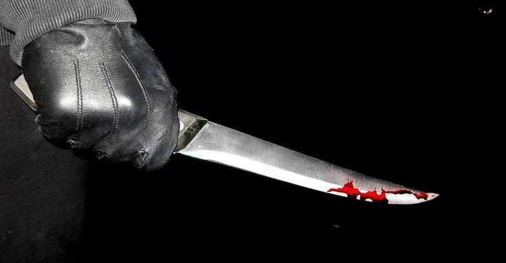 Ha késsel az életünkre törnek, általában elfutunk, leblokkolunk vagy felvesszük a harcot. Ezek a viselkedésmódok belénk vannak kódolva, ezekből választunk ösztönösen, az esetek nagy részében sajnos rosszul.