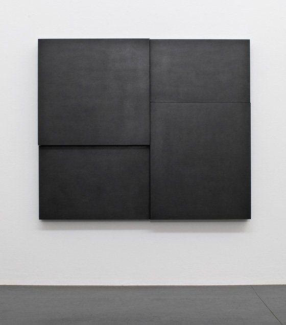 Black art. Artist unknown. If somebody knows the artists name pleas let me know. minimal, minimalist, minimalism, art