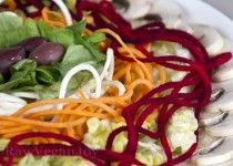Salata de radacinoase cu iz tropical