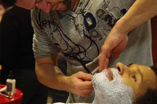 Formez-vous à L'Academy RENNES #rasage, #tailledebarbe, #barbier