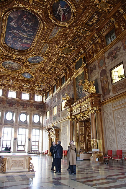 Golden Chamber, Rathaus, Augsburg, Germany by yuen_long, via Flickr (It's very shiny inside)