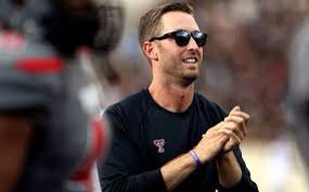 Lyn met Kliff while she attended Texas Tech University. She has had a majorrrrrr crush on him ever since. I bet she names her first son after Kliff. It's that serious. I wonder if Collin will be okay with that... #TheStoryOfUs