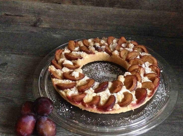 Pflaumenkuchen gebacken im Omnia-Bckofen. Dieser Backofen ist eigentlich ein Camping-Backofen. Allerdings kann man den Pflaumenkuchen auch toll zu hause im heimischen Backofen machen. Lecker!