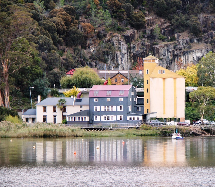 Tamar River,Launceston,Tas - love these pics - so close to our house.