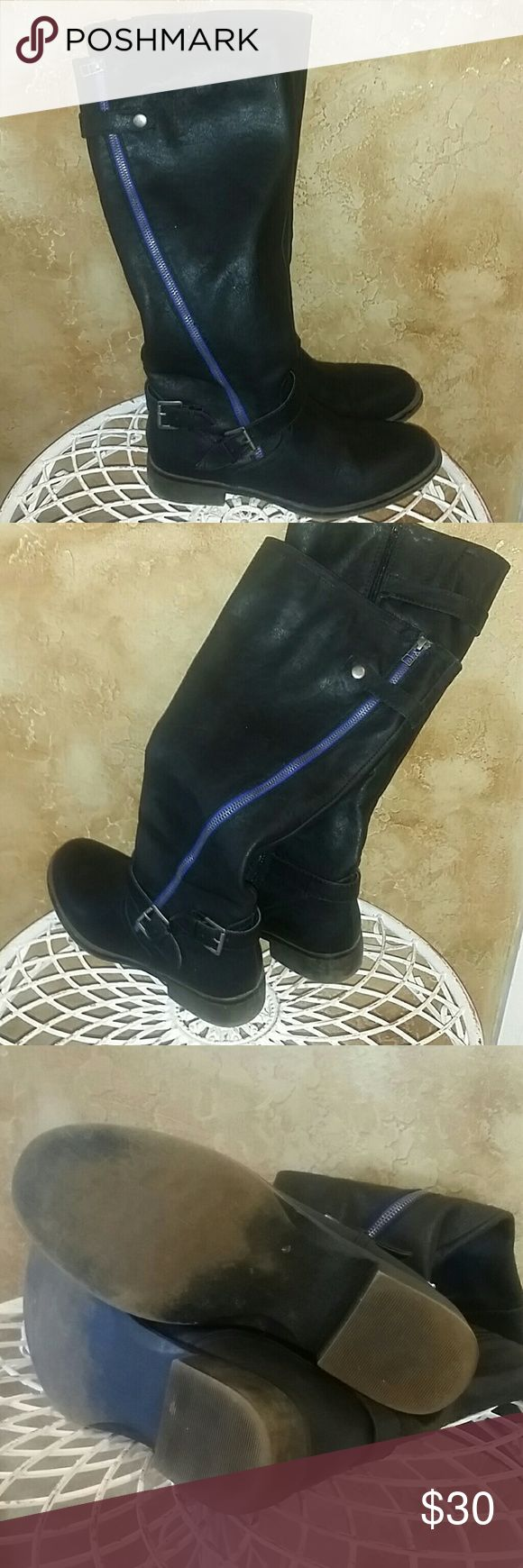 "JUSTFAB KNEE HIGH BOOTS Very cool design with their blue zipper, buckles and ""weathered"" look heel. These are in good condition! Heels are not worn out, no rips/tears, etc. Very nice boots to ring in the fall/winter seasons and paired with your favorite jeans! I'm 5'9 and these almost go up to my knees. Will fit a larger calf....mine are muscular. ;) JustFab Shoes Winter & Rain Boots"