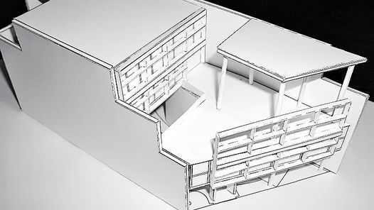 La Maison Curutchet : modelo en papel para armar / [Idea y realización: Javier Posik]. La Plata : Colegio de Arquitectos de la Provincia de Buenos Aires, 2000. 15 làm.; 24x32 cm + 1 fullet. En una carpeta. Escala 1:100.