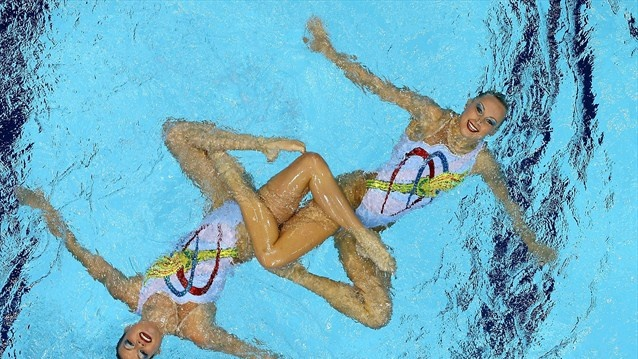 Duchess Kate: Kate Cheers Team GB in Synchronised Swimming + Boxing