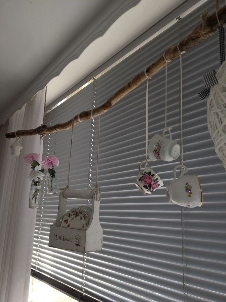 17 best images about stok idee n on pinterest grey walls for Hangdecoratie raam
