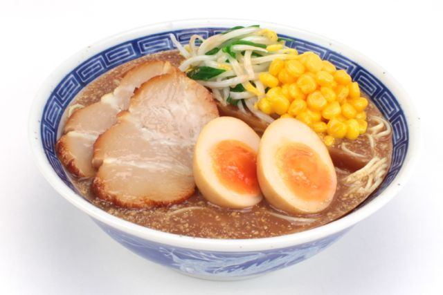新商品] おいしそうなラーメン3種の食品サンプルスタンドが予約開始 ...