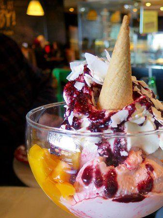 Number 5: Top 10 Ice Cream Shops  Bay Vista Dessert Bar