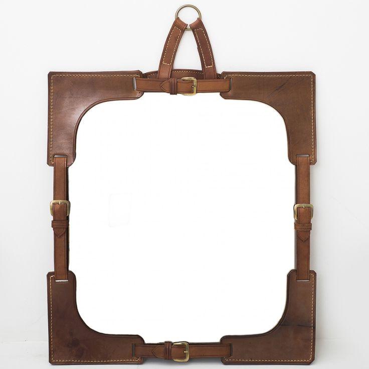 Mirror w. leather frame
