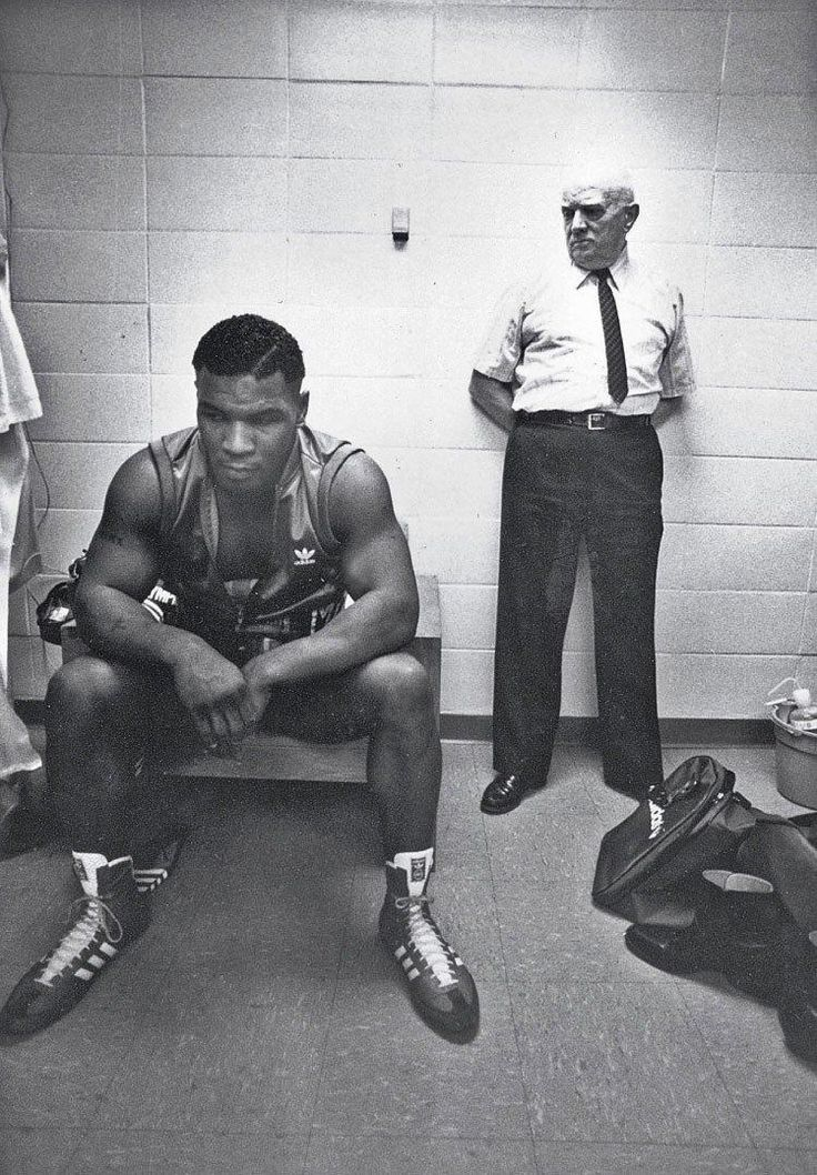 Mike Tyson and trainer Cus D'amato before his first professional fight - 1985