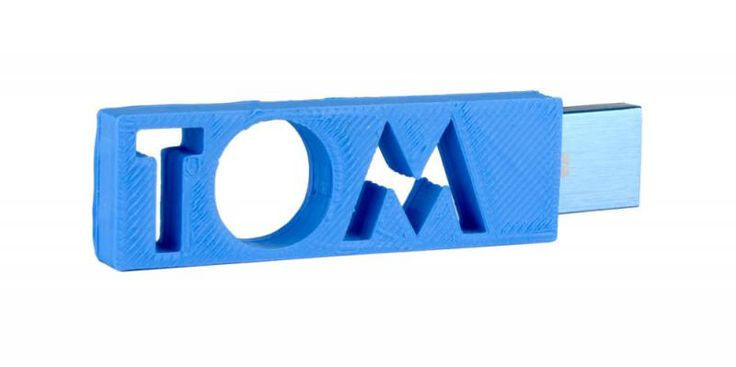 tom, 3D printed personalized flash drive