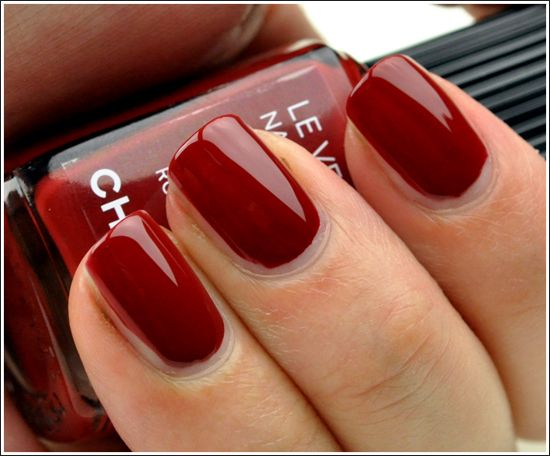 Chanel Le Vernis in Lotus Rouge