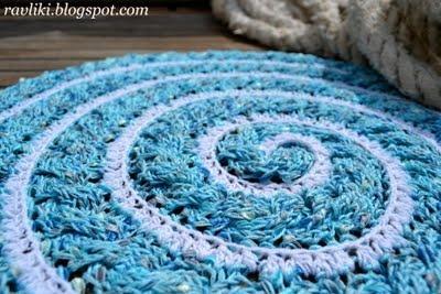 Спиральный коврик-косичка
