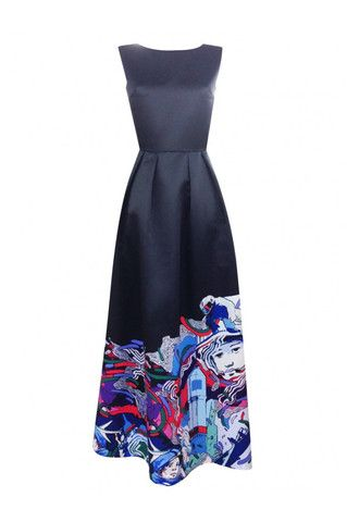 Dress with an author print, flared skirt and a zipper on the back. Emphasise the softly flared hem with heels.