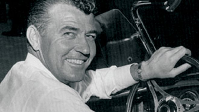 American racing legend Carroll Shelby dead at 89    Read more: http://www.foxnews.com/leisure/2012/05/11 Shelby Cobra designer & legendary race car driver  Carroll Shelby dies at 89