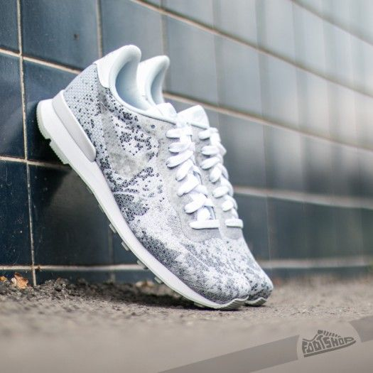 9a2f2e8151d6f ... Nike Internationalist JCRD QS White Metalic Platinum-Pure Platinum-Cool  Grey ...