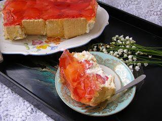 W Mojej Kuchni Lubię.. : z herbatnikami,truskawkami,galaretką sernik na zim...